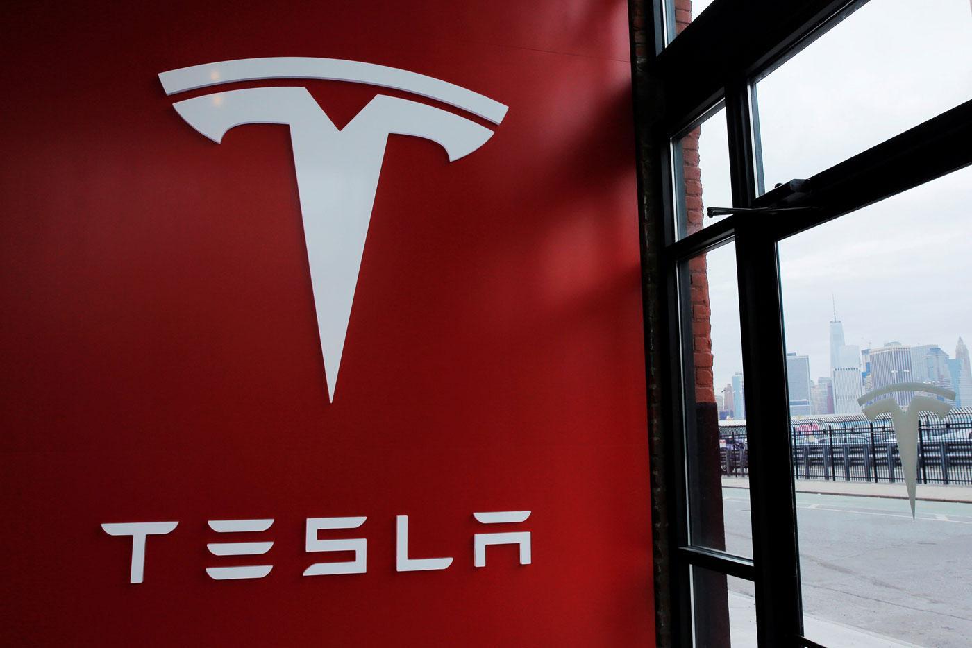 特斯拉证实工程副总裁离职 曾负责新车设计